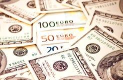 2 ведущих валюты Стоковые Фотографии RF