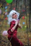 Ведьма в древесинах на Halloween Стоковое Изображение
