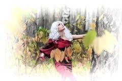 Ведьма в древесинах на Halloween Стоковые Фото