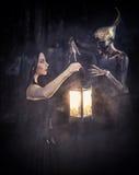 Ведьма и ее близкий друг стоковая фотография rf