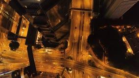Взаимообмен взгляд сверху города на ноче шток Важная инфраструктура в городе Взгляд сверху движения на ноче Стоковые Изображения RF