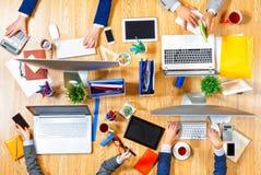 Взаимодействовать как команда для лучших результатов Мультимедиа Стоковое Изображение