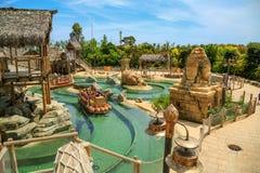 Взаимодействующая привлекательность Angkor воды Порт Aventura тематического парка в городе Salou, Испании Стоковые Изображения RF