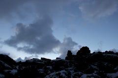 Взбираться вверх лава к облакам стоковые изображения rf