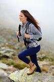 Взбираться hiker женщины Стоковая Фотография