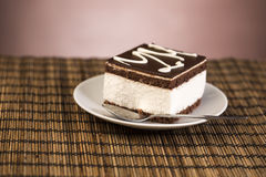 взбитая сливк шоколада торта Стоковое Изображение