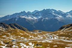 Взгляды вдоль дороги Grossglockner высокой высокогорной в Австрии Стоковое фото RF