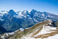 Взгляды вдоль дороги Grossglockner высокой высокогорной в Австрии Стоковая Фотография