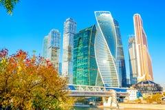Взгляды небоскребов Москвы стоковые фотографии rf