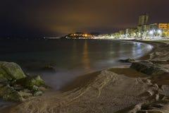 взгляды ночи пляжа de lloret mar Стоковая Фотография