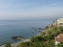 Взгляды пляжа в Испании с пальмами Стоковое фото RF