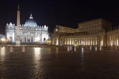 Взгляд аркады Сан Pietro Рим Стоковая Фотография RF