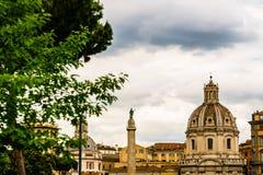 Взгляд аркады Venezia квадрата Венеции Аркада Venezia расположена в сердце Рима, окруженном несколькими ориентиров, включая друга стоковое изображение rf