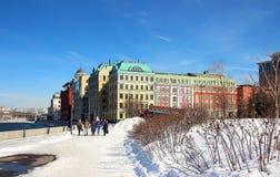 Взгляд архитектурного ансамбля на обваловке Yakimanskaya Стоковое фото RF