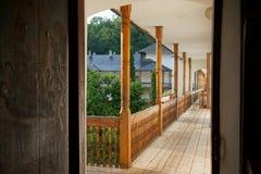 Взгляд балкона и сада from inside клетки ` s монаха стоковая фотография