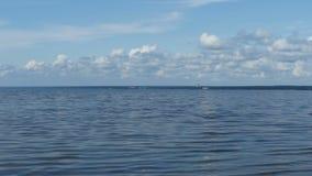 Взгляд берега от моря сток-видео