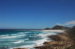 Взгляд береговой линии Африки от пляжа Scarborough, Южной Африки Стоковая Фотография RF