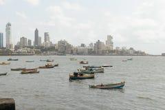 Взгляд береговой линии Мумбай от Аравийского моря стоковая фотография