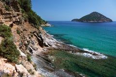 Взгляд береговой линии на острове Thassos, Греции Стоковое Фото