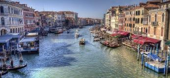 Взгляд большого канала от моста Rialto в Венеции, Италии стоковое фото rf