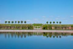 Взгляд валов с отражением в peterhof Стоковое Изображение RF