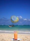 взгляд вертикали коктеила пляжа Стоковое фото RF