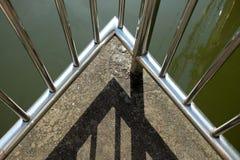 Взгляд верхнего угла моста стоковое изображение rf