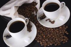 взгляд верхней части 2 кофейных чашек Стоковое Изображение RF