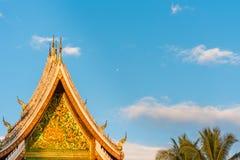 Взгляд виска Wat Siengthon в Luang Prabang, Лаосе Стоковая Фотография RF