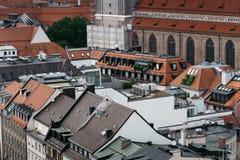 Взгляд высокого угла исторического центра города Мюнхена от кудели стоковое фото