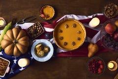 Взгляд высокого угла таблицы служил для обедающего благодарения Стоковое Изображение