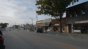 Взгляд в Jenks - малая деревня улицы в Оклахоме - США 2017 акции видеоматериалы