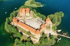 Взгляд глаза птицы замка Trakai стоковая фотография