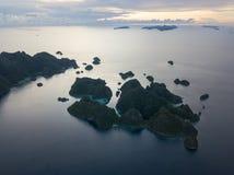 Взгляд глаза ` s птицы островов в радже Ampat стоковые фото