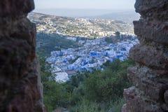 Взгляд голубого города Chefchaouen на поднимать от верхней стены Стоковое Фото