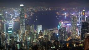 Взгляд Гонконг ночи промежутка времени панорамный от пика видеоматериал