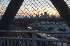 Взгляд горизонта города Торонто на заходе солнца стоковые изображения