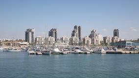 Взгляд города Ашдода от Средиземного моря сток-видео