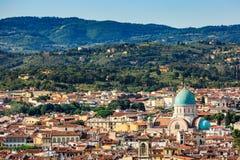 Взгляд городского пейзажа Флоренса обозревает и большая синагога f Стоковые Фотографии RF
