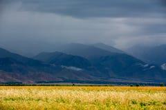 Взгляд гор стоковое фото
