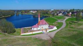 Взгляд дворца монастыря на солнечный день Воздушное фотографирование Gatchina Стоковое Изображение