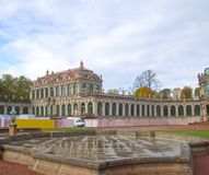 Взгляд дворца Zwinger в Дрездене стоковые изображения