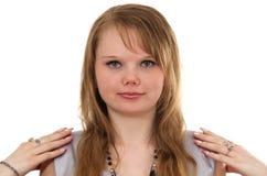 взгляд девушки делая усмешки более молодой Стоковые Изображения