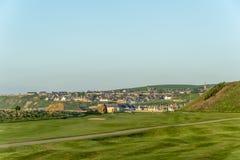 Взгляд деревни Cullen от залива стоковая фотография