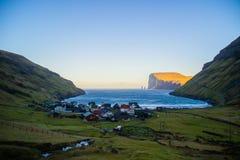 Взгляд деревни Tjornuvik, Фарерские острова, Европа стоковое фото