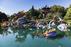 Взгляд дневного времени китайского сада в садах Montreal's ботанических стоковое фото rf