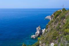 Взгляд залива Paleokastritsa на Корфу Стоковые Фотографии RF
