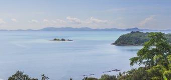 Взгляд залива Phang Nga с очень малыми островами, взгляд fr панорамы Стоковые Изображения RF