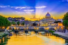 Взгляд захода солнца государства Ватикан, Рима, Италии Стоковая Фотография RF