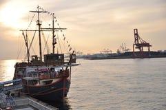 Взгляд захода солнца на порте стоковые фотографии rf